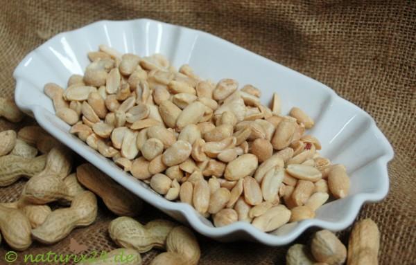 Erdnüsse ohne zusätzliches Fett geröstet