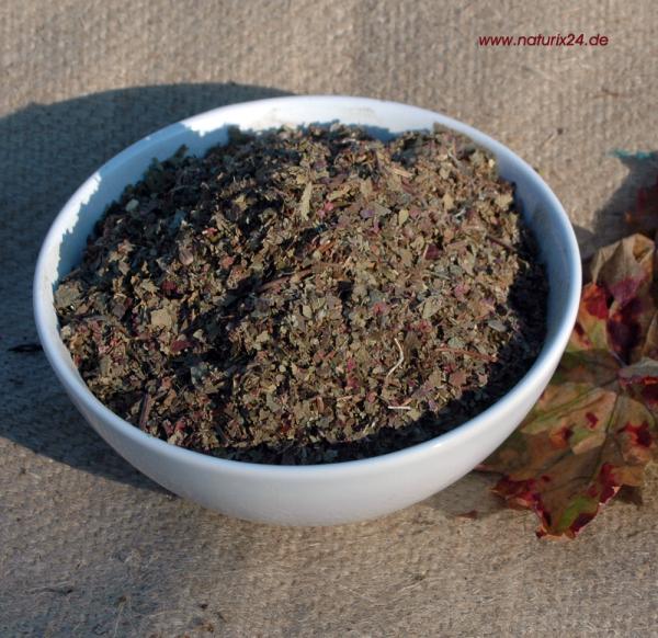Weinblätter rot geschnitten