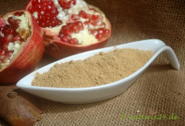 Granatapfelschalen gemahlen